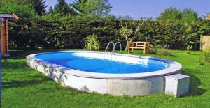 Сборный бассейн Summer Fun 4501010243KB овальный 700х350х120 см